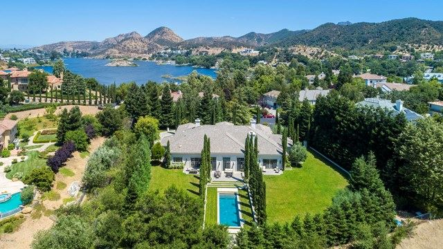 Thousand Oaks                                                                      , CA - $5,995,000