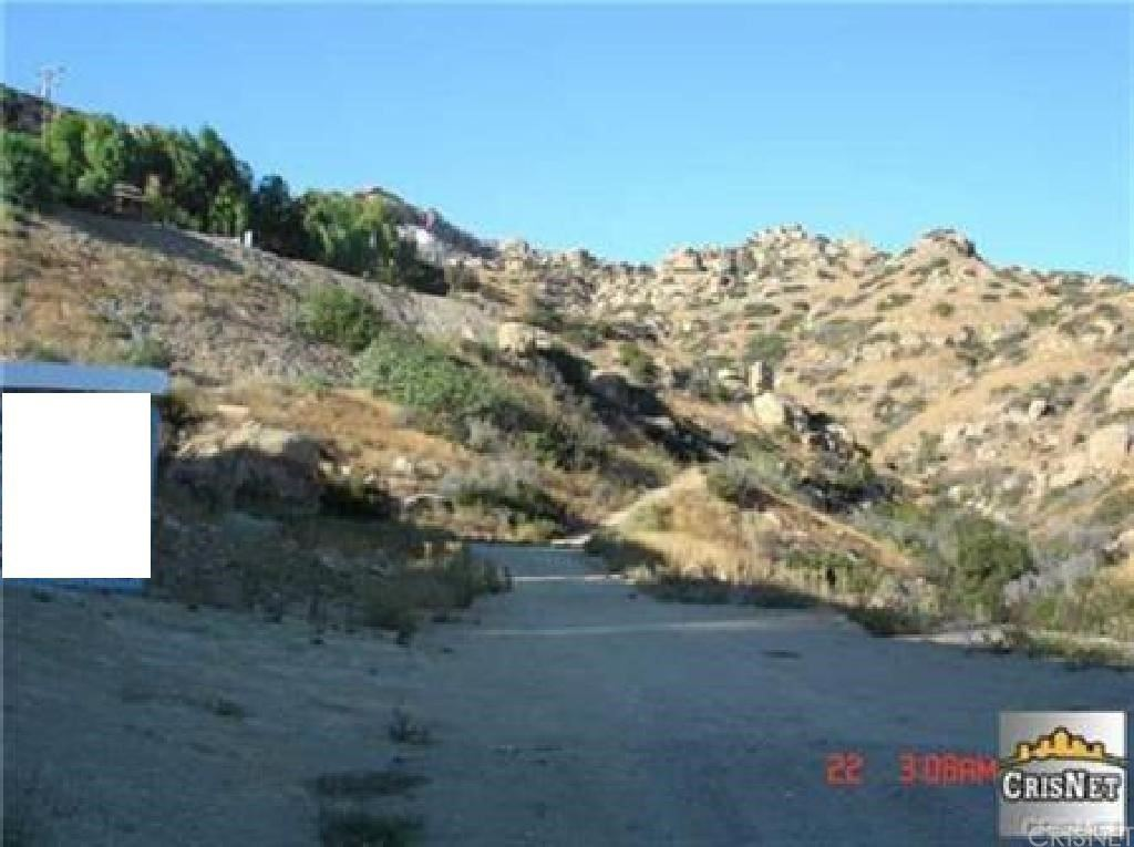 Property Image Of 160 Dennis Way In Chatsworth, Ca
