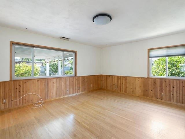 Property Image Of 914 14Th Place In Escondido, Ca
