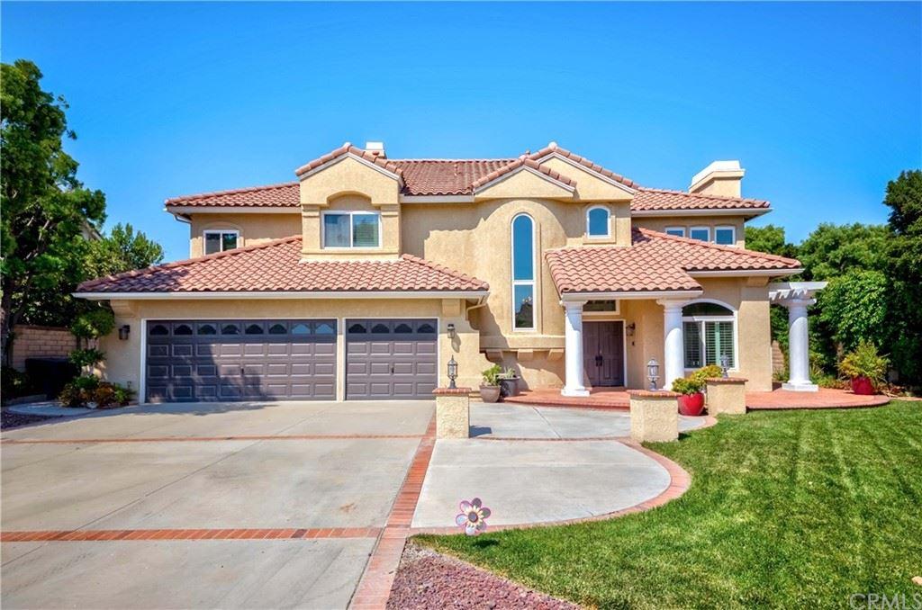 Yorba Linda                                                                      , CA - $1,677,770
