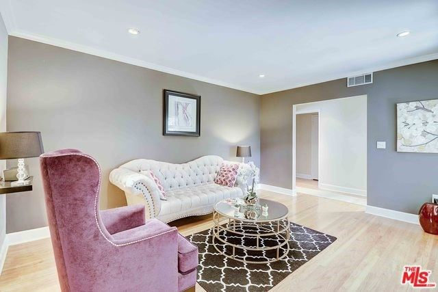 Property Image Of 4945 Alcove Avenue In Valley Village, Ca