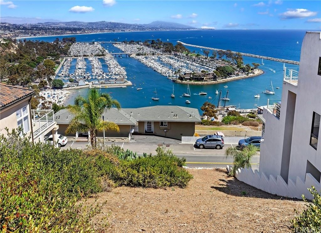 Dana Point                                                                      , CA - $1,900,000
