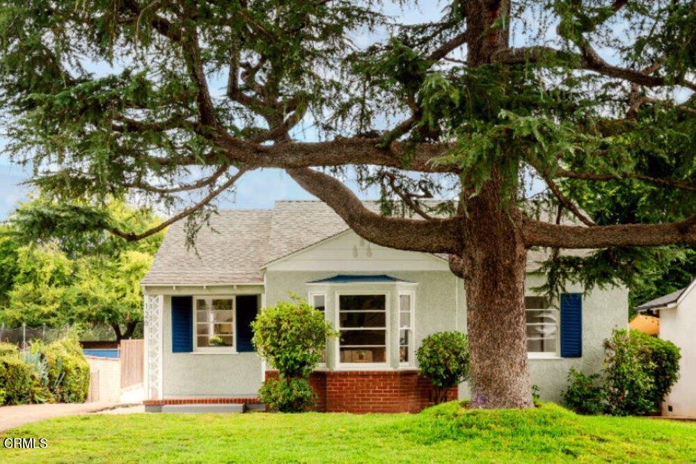 Altadena                                                                      , CA - $849,000