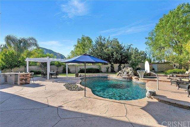 Property Image Of 25611 Morning Mist Drive In Stevenson Ranch, Ca
