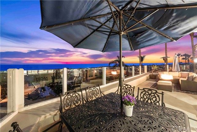 Dana Point                                                                      , CA - $2,495,000