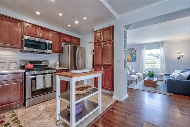 Property Image Of 4742 Lenore Dr In San Diego, Ca