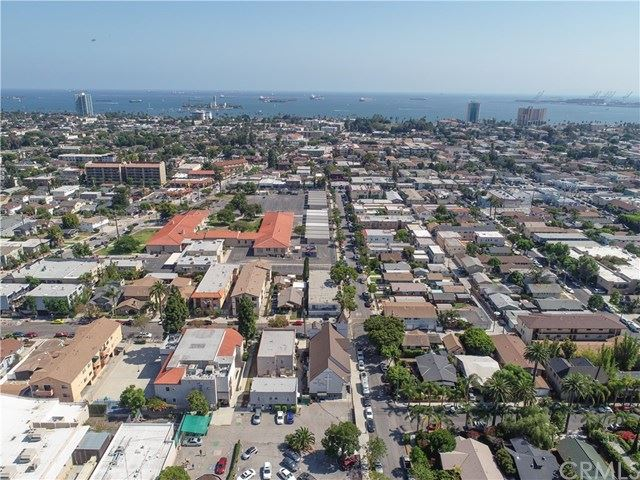 Property Image Of 2200 E 7Th Street In Long Beach, Ca