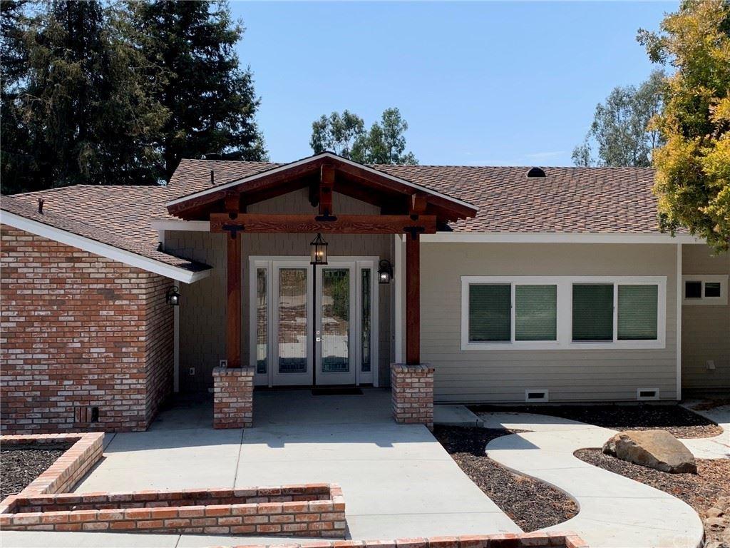 Vista                                                                      , CA - $1,275,000
