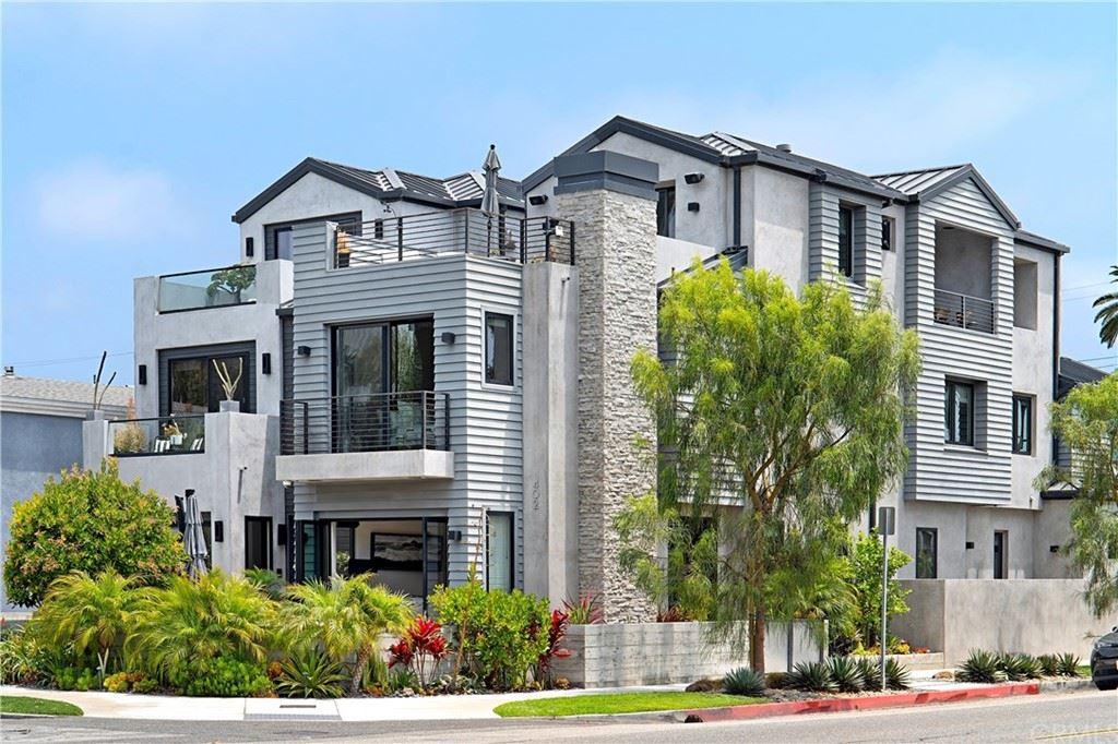 Huntington Beach                                                                      , CA - $2,575,000