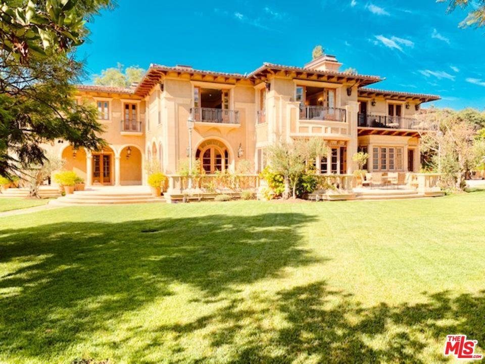 Beverly Hills                                                                      , CA - $42,500,000