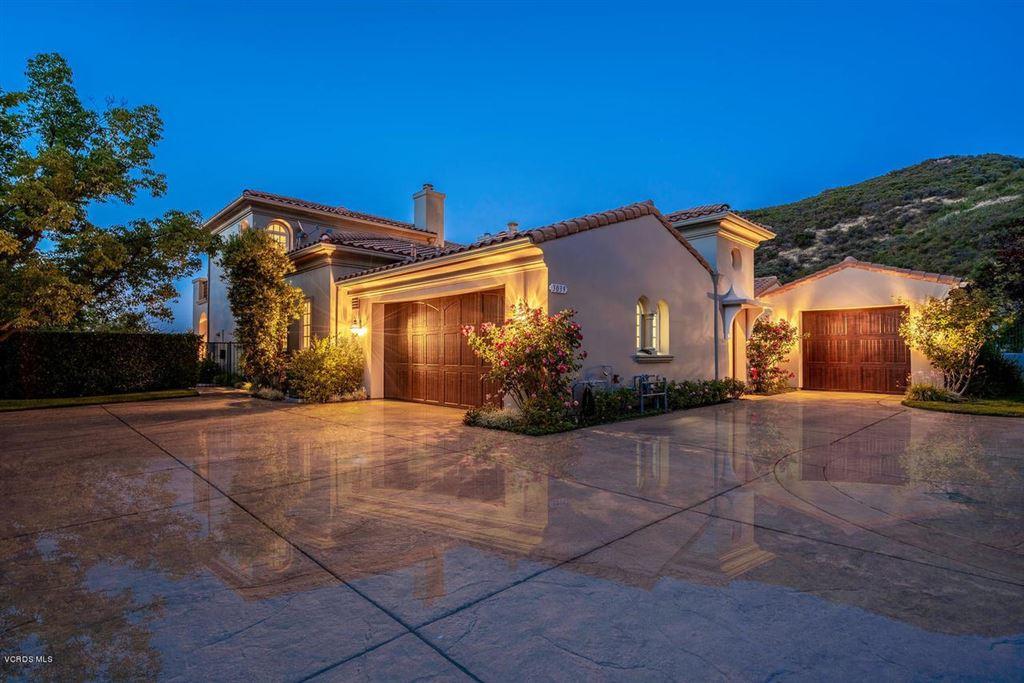 Thousand Oaks                                                                      , CA - $2,999,000