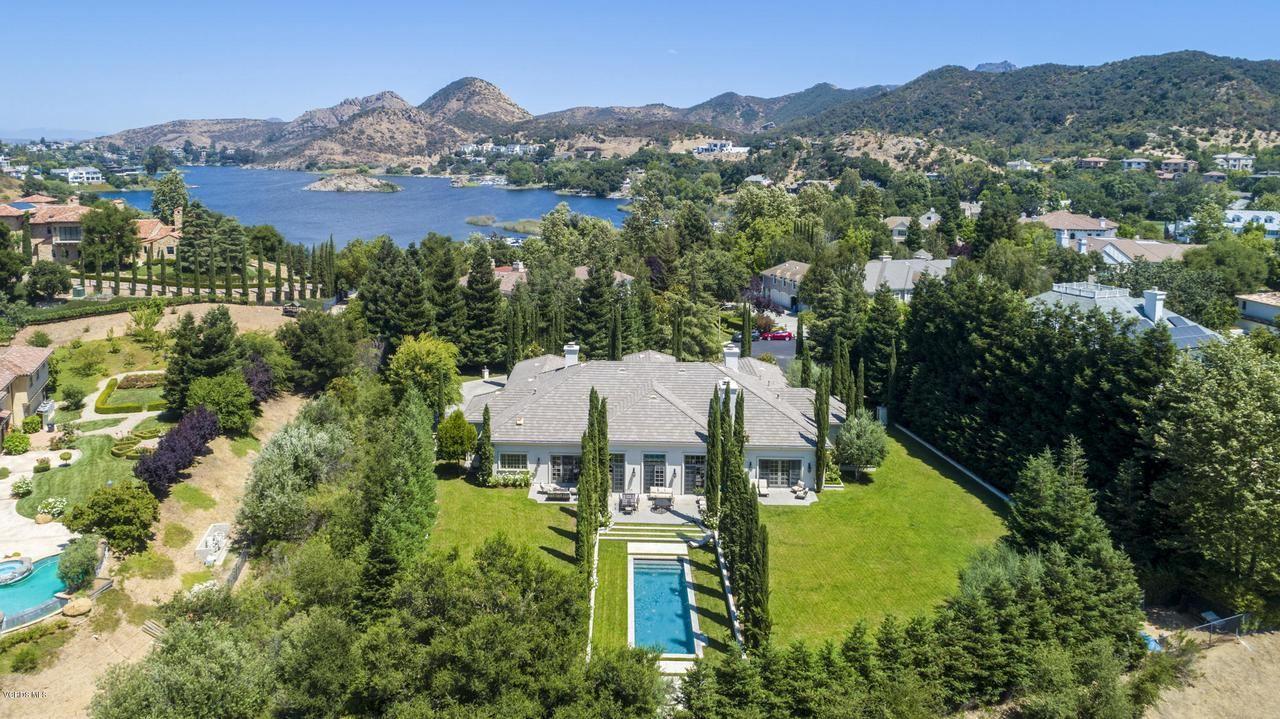 Thousand Oaks                                                                      , CA - $6,750,000