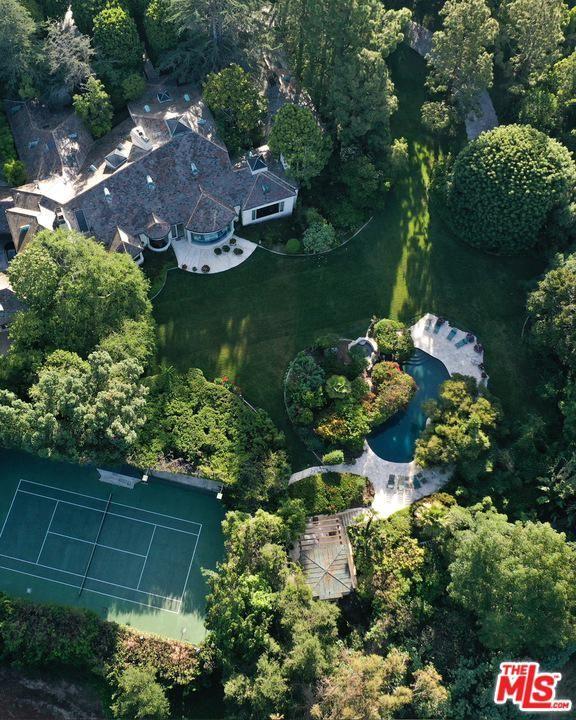 Beverly Hills                                                                      , CA - $42,000,000