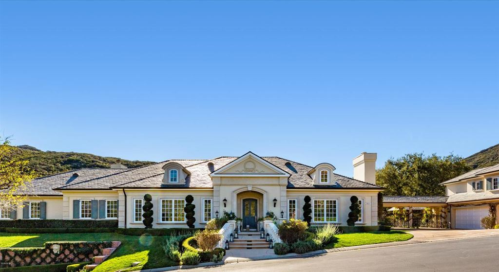 Thousand Oaks                                                                      , CA - $4,995,000