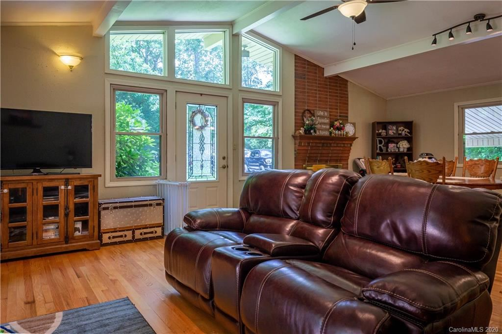 Property Image Of 314 Forest Hill Drive In Marion, Nc