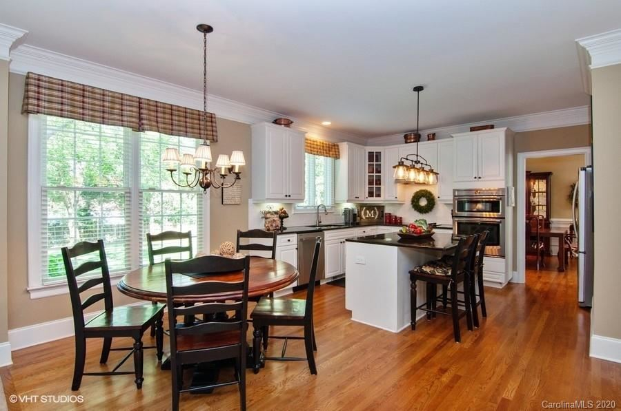 Property Image Of 10216 Waterbrook Lane In Charlotte, Nc