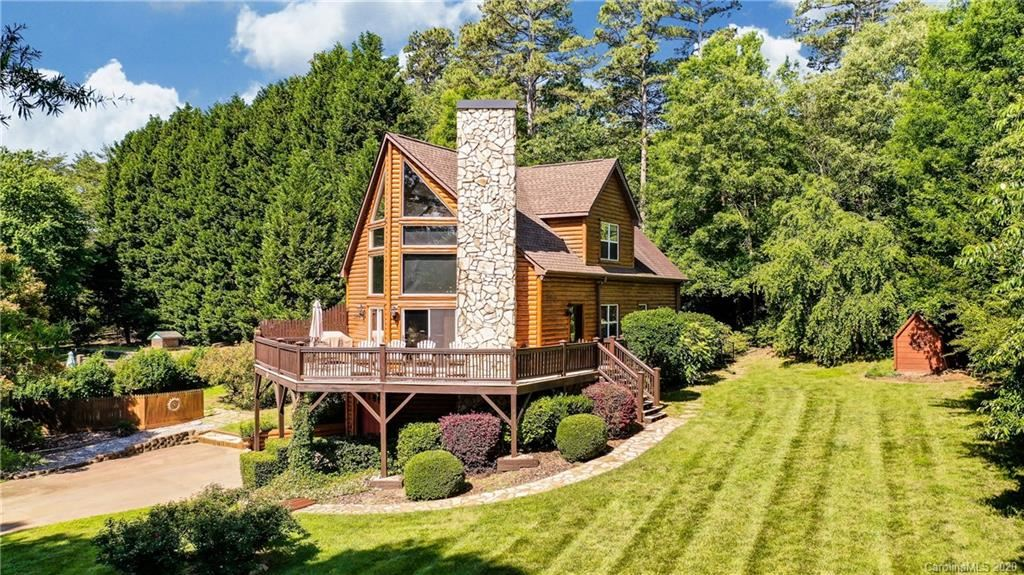 Property Image Of 4957 Moonlite Bay Drive In Sherrills Ford, Nc