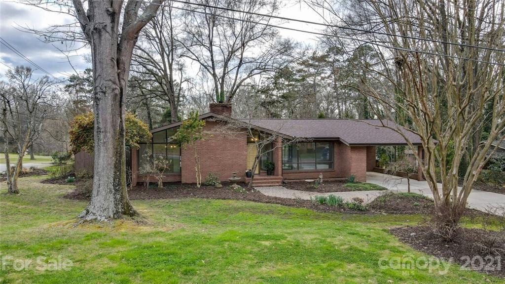 Spencer                                                                      , NC - $274,900