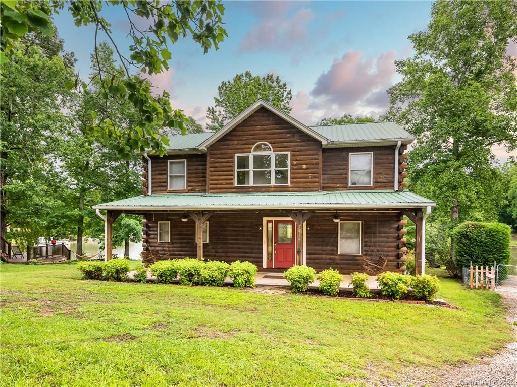 Property Image Of 7188 Executive Circle In Denver, Nc