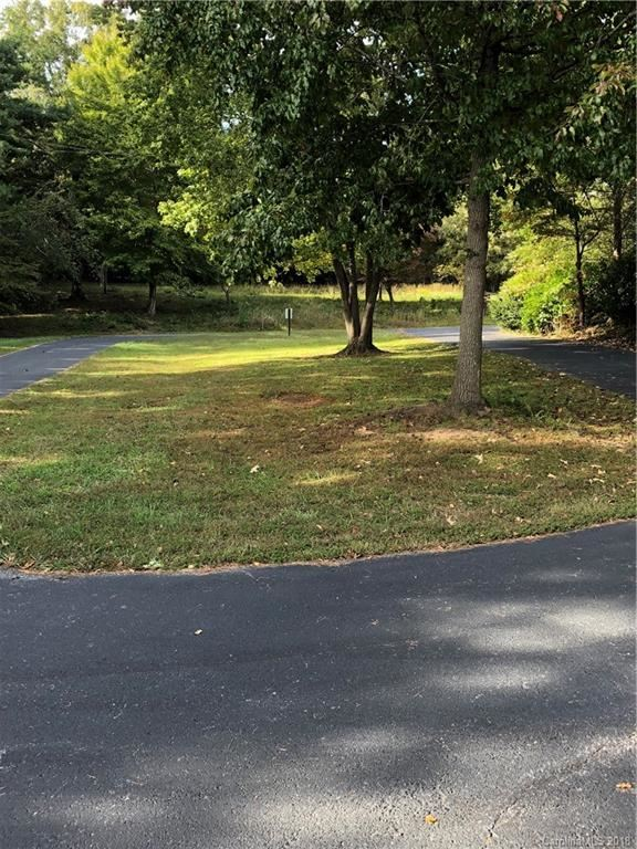 Property Image Of 9481 Riviera Drive In Sherrills Ford, Nc
