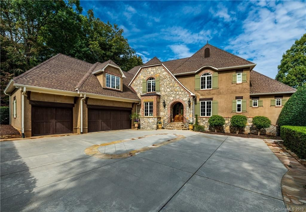 Property Image Of 189 Old Post Road In Mooresville, Nc