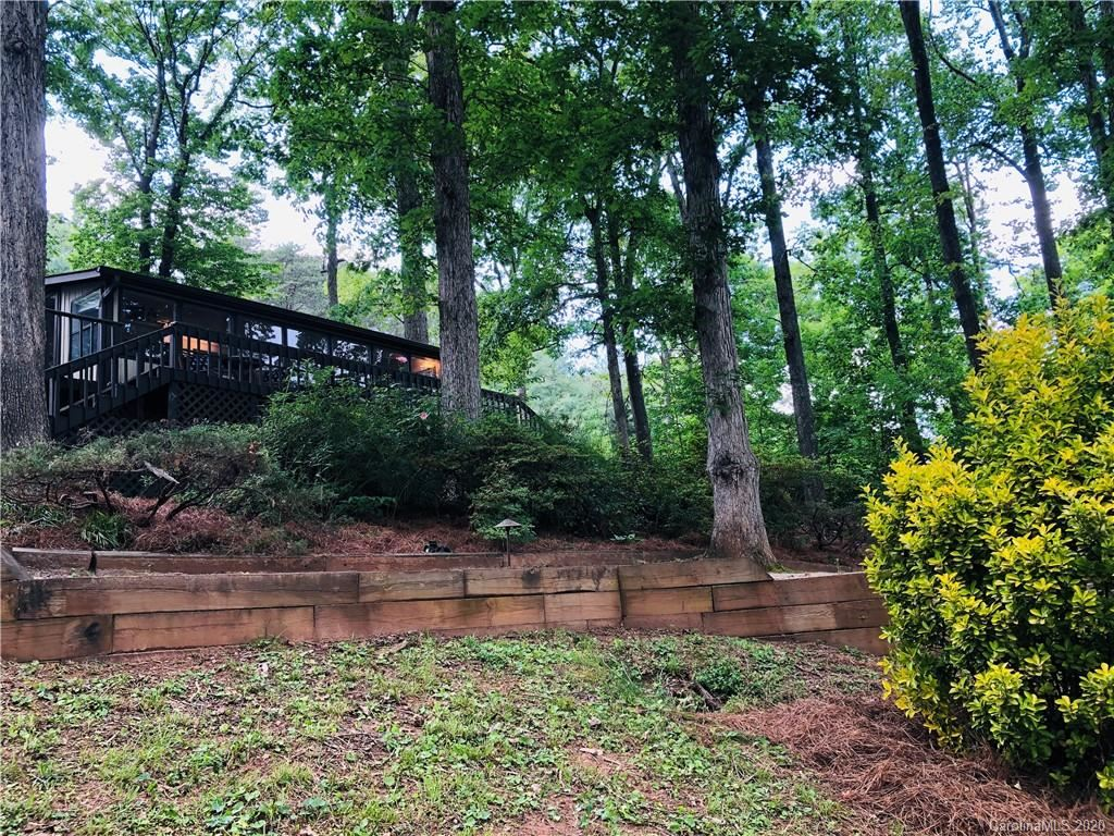Property Image Of 7242 Executive Circle In Denver, Nc