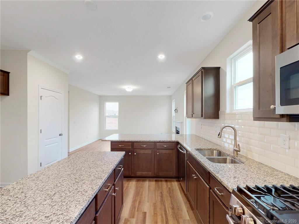 Property Image Of 123 Glenfield Drive In Mooresville, Nc