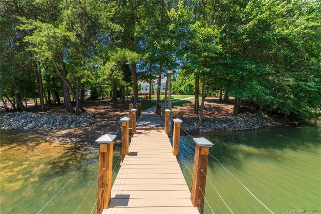 Property Image Of 106 Preserve Way In Mooresville, Nc
