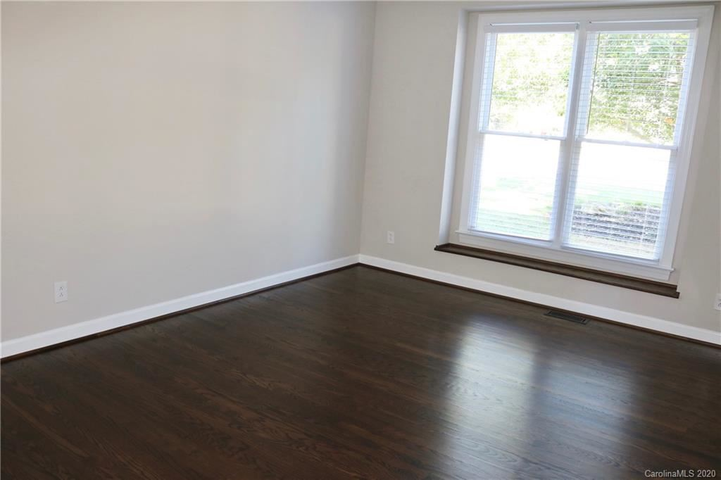 Property Image Of 8515 Forest Shadow Circle In Cornelius, Nc