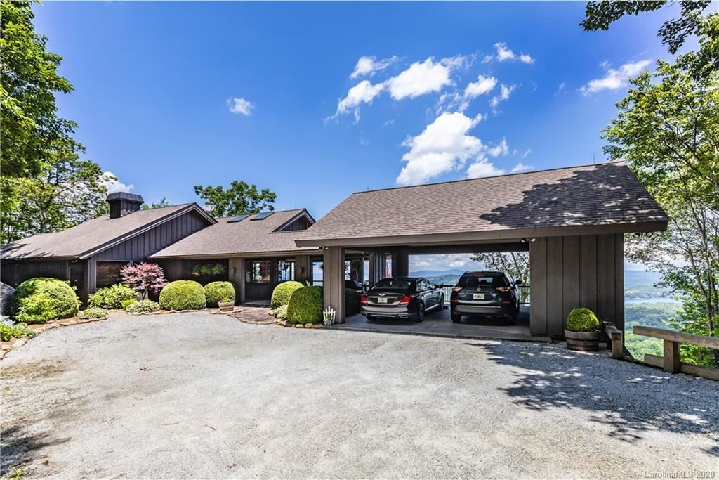 Property Image Of 90 Toxaway Lane In Lake Toxaway, Nc