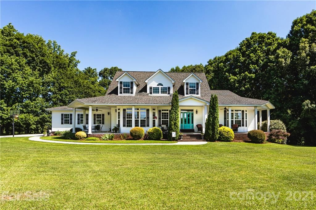 Mooresville                                                                      , NC - $959,000