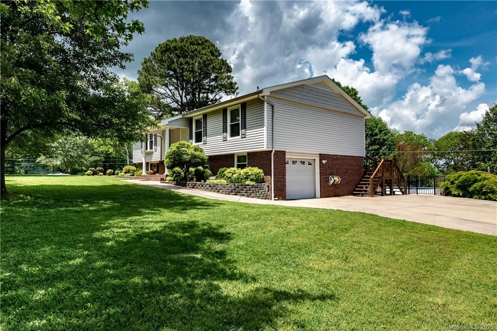 Property Image Of 5115 Leisure Lane In Sherrills Ford, Nc