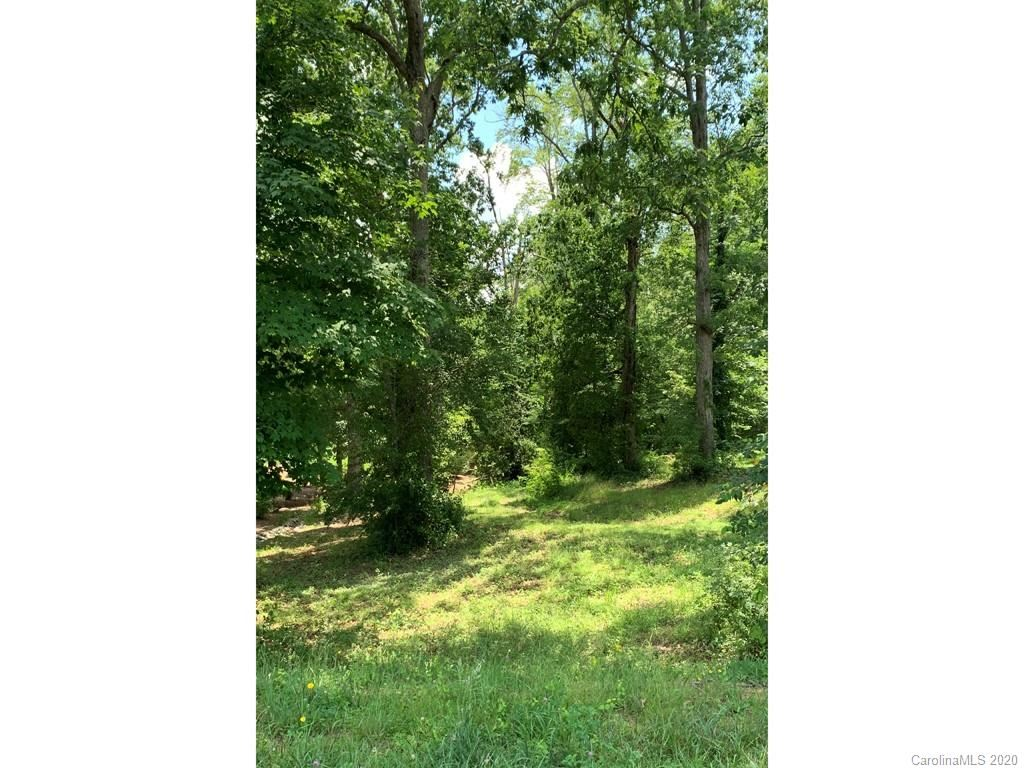 Property Image Of 167 Ridgeview Hill Drive In Hendersonville, Nc