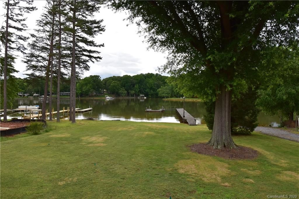 Property Image Of 140 Morgan Bluff Road In Mooresville, Nc
