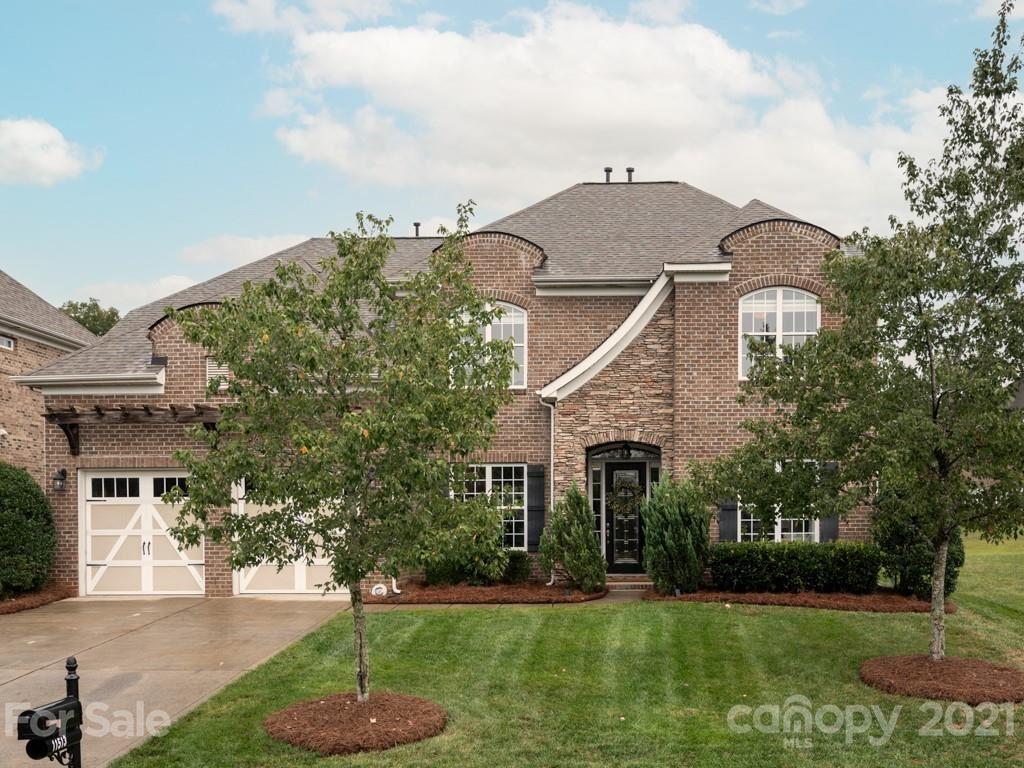 Charlotte                                                                      , NC - $698,800