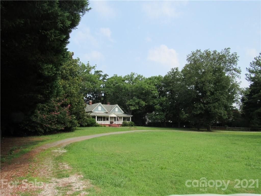 Charlotte                                                                      , NC - $750,000