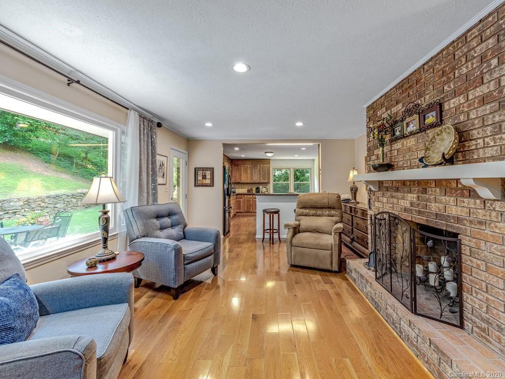 Property Image Of 6 Brushwood Road In Asheville, Nc