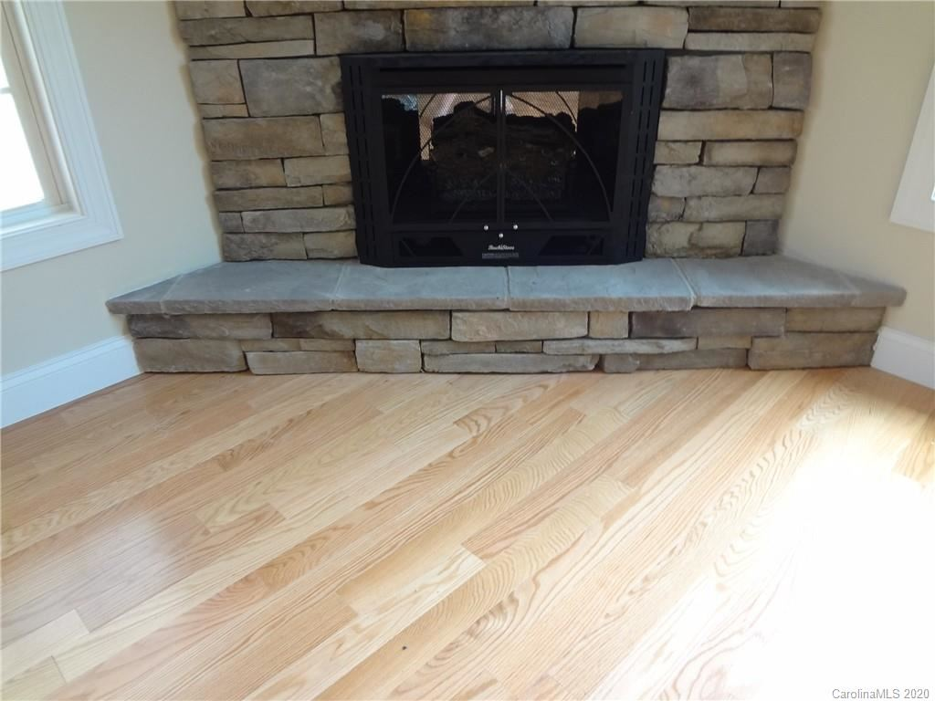 Property Image Of 1123 King George Court Ne In Lenoir, Nc