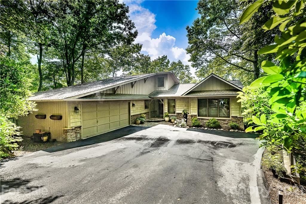 Brevard                                                                      , NC - $979,000