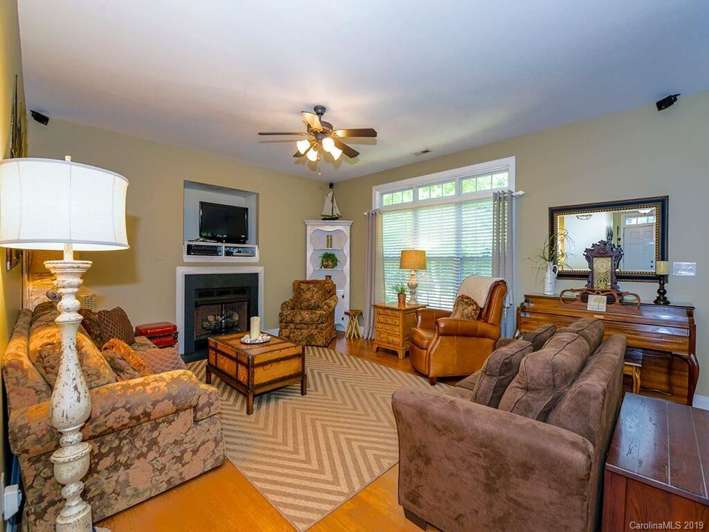 Property Image Of 8021 Andrew Franklin Drive In Denver, Nc