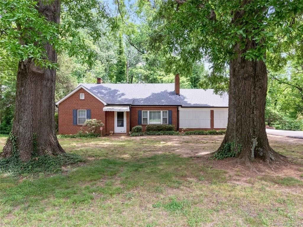 Property Image Of 1713 Mecklenburg Highway In Mooresville, Nc