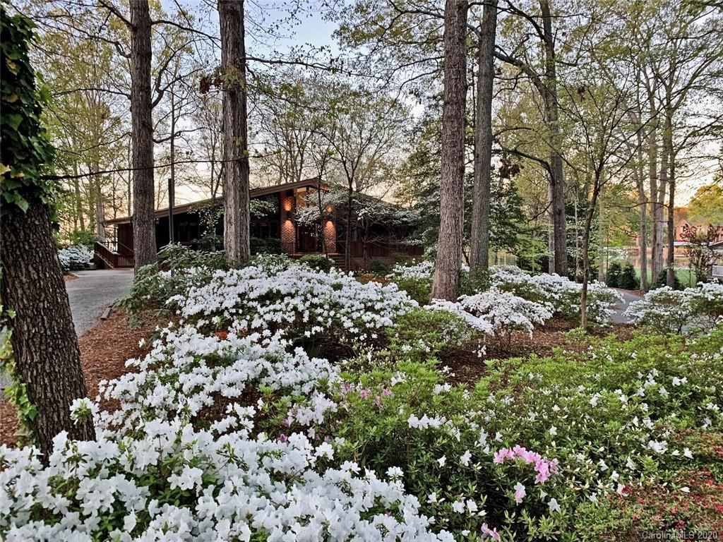 Property Image Of 8443 Luckey Point Road In Denver, Nc