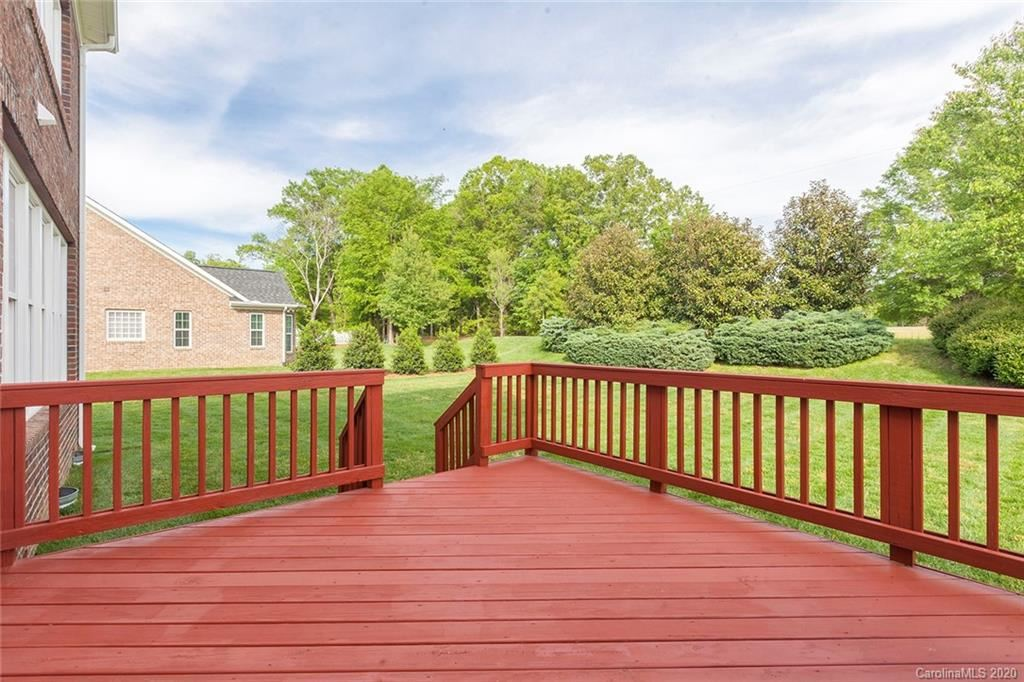 Property Image Of 8334 Olde Stonegate Lane In Mint Hill, Nc