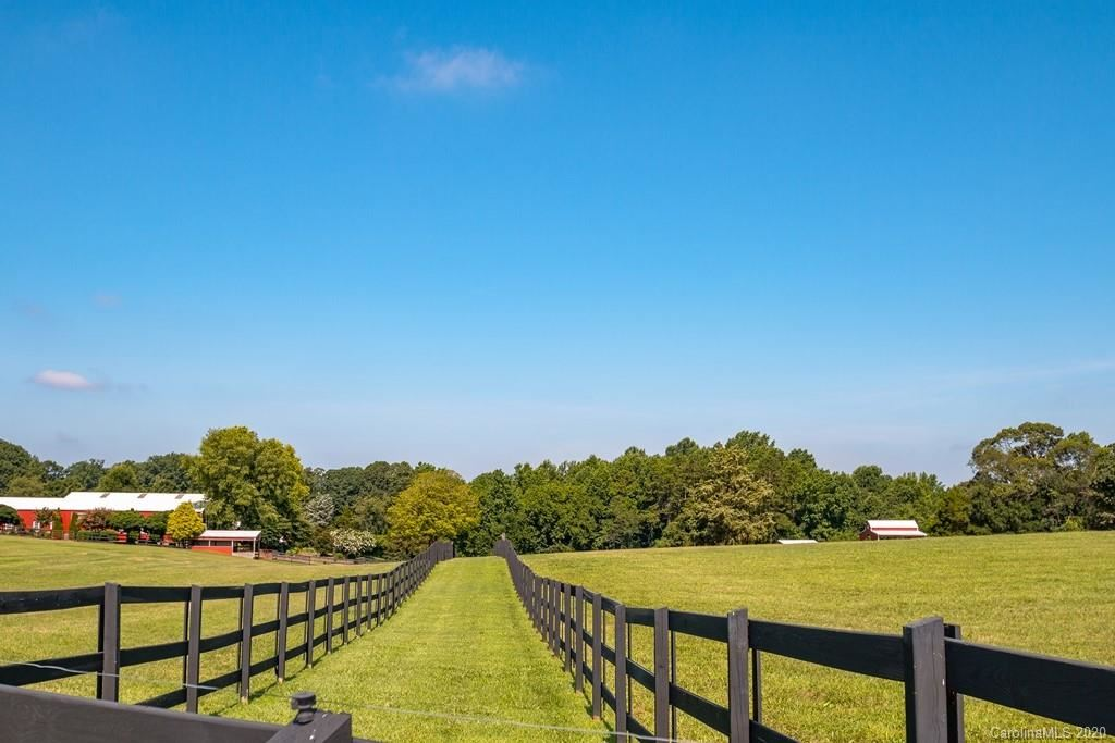 Property Image Of 330-A E Monbo Road In Statesville, Nc