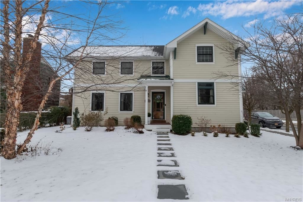 418  Lincoln Parkway,