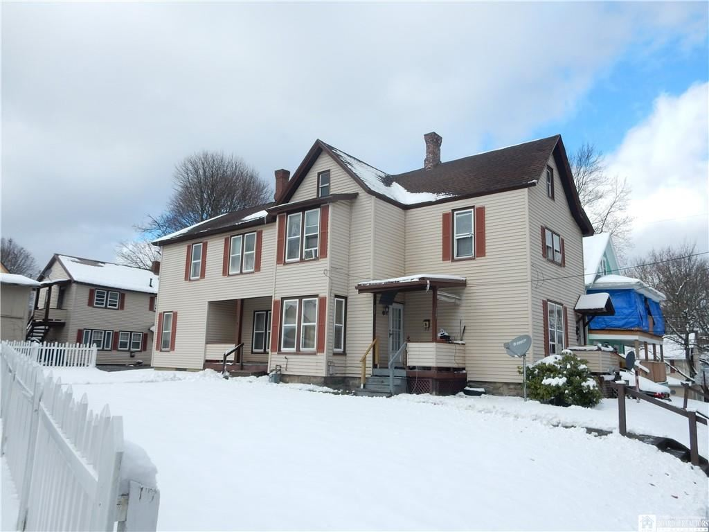227  Stowe Street, Jamestown