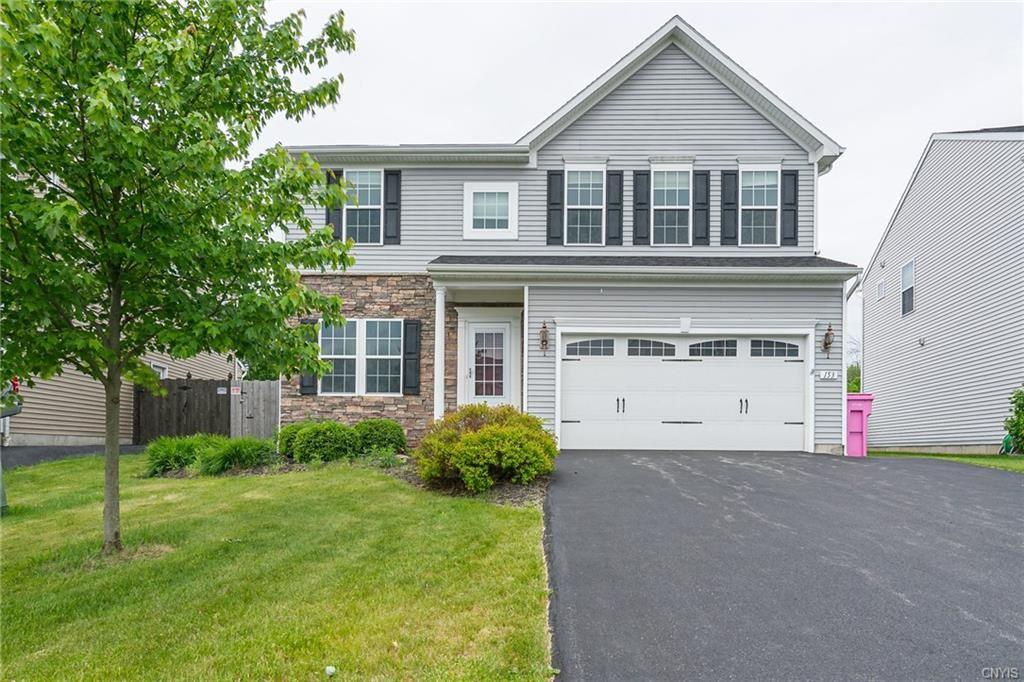Manlius                                                                      , NY - $287,000