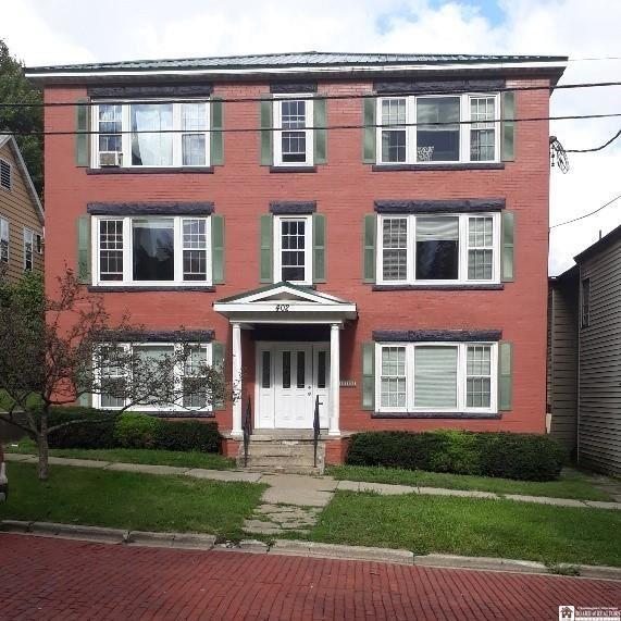 402  Lafayette Street,