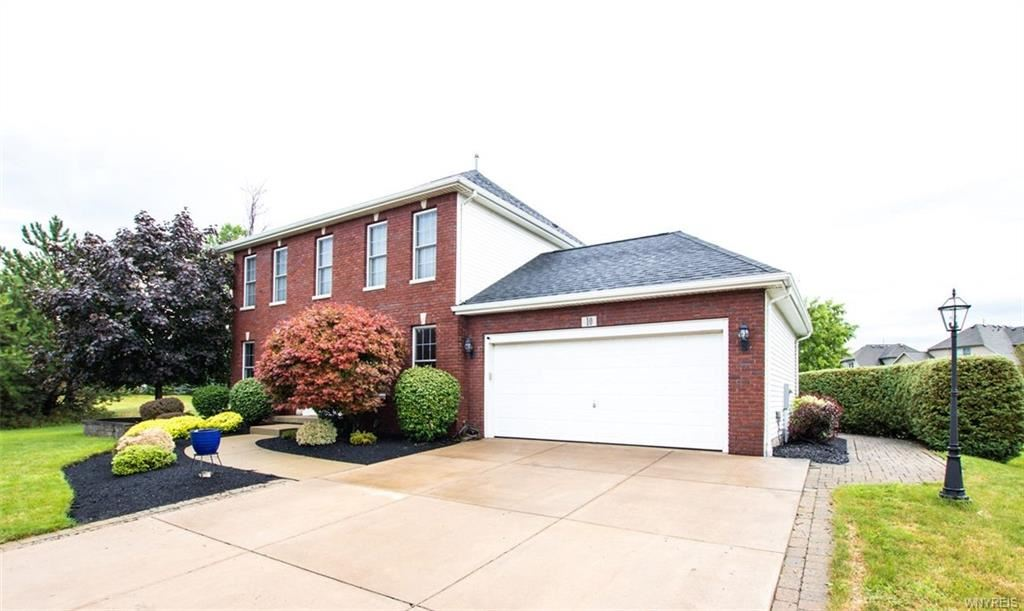 10 Olde Ivy Drive,