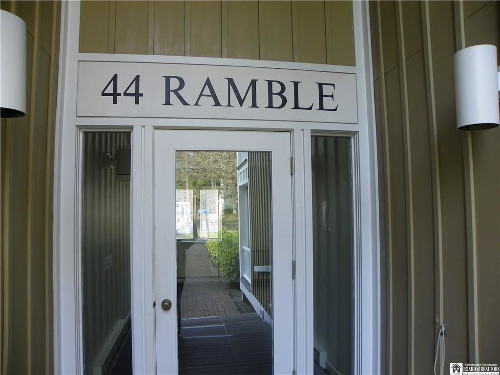 44  Ramble Avenue, Chautauqua